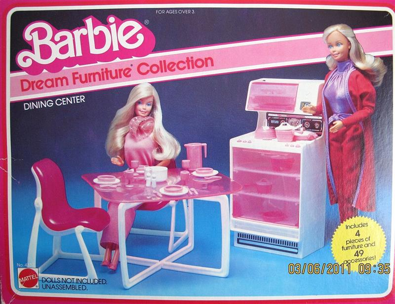 Barbie Barbie Dream Furniture Collection Dining Center Box  : barbievalues433746c29d2b800 from www.dollvalues.com size 800 x 615 jpeg 91kB